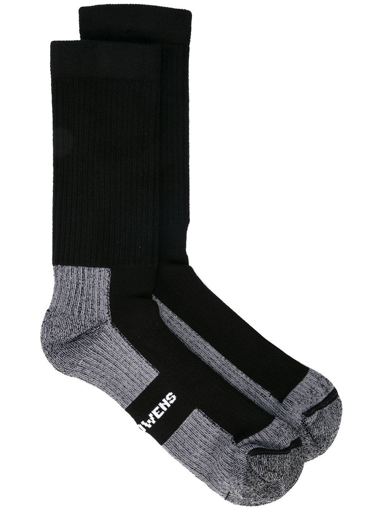 HIKING SOCKS