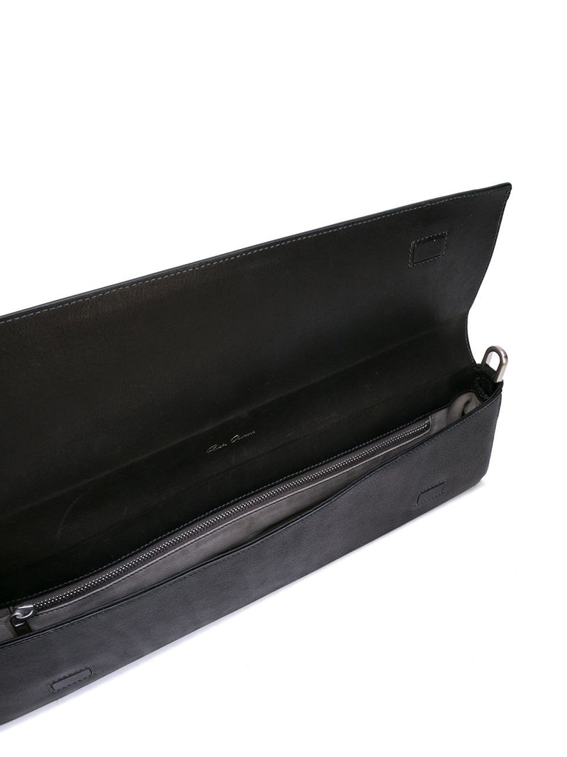 QUIVER MEDIUM CLUTCH