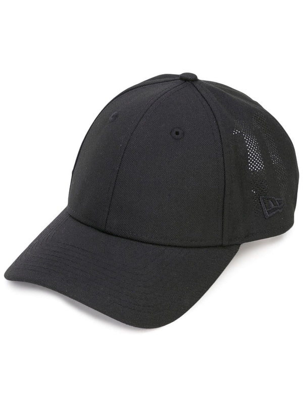 9FORTY BLACK MESH LOGO HAT