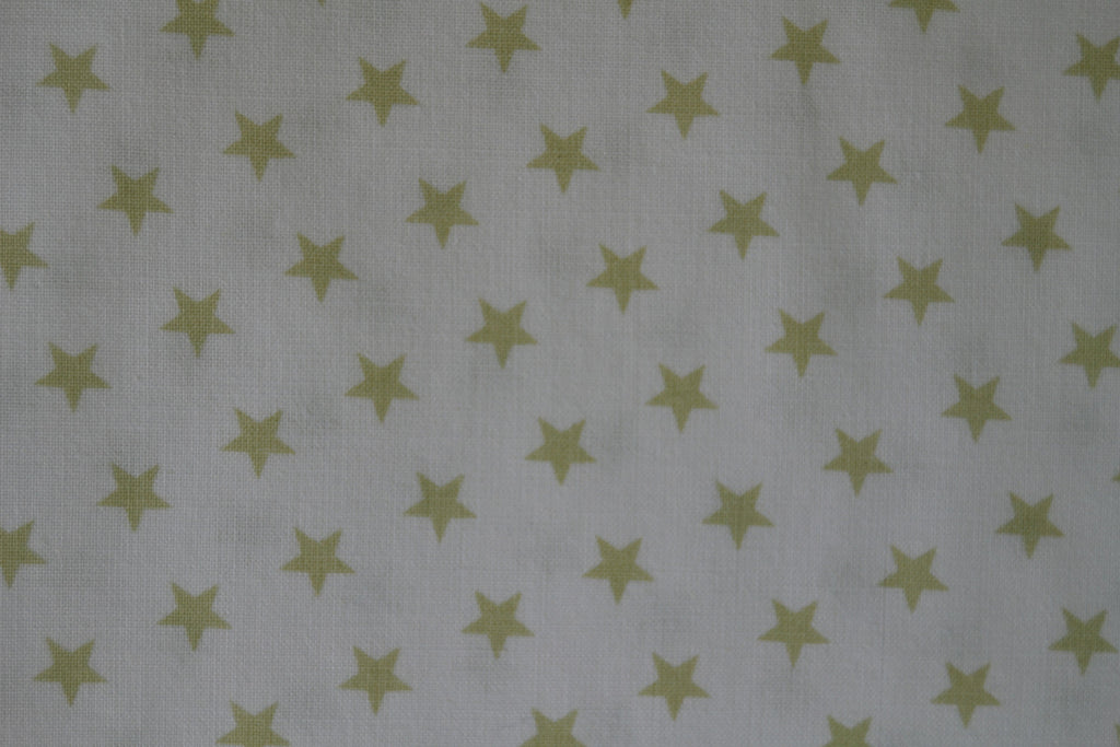 Gold stars on white - Na ponta d'agulha
