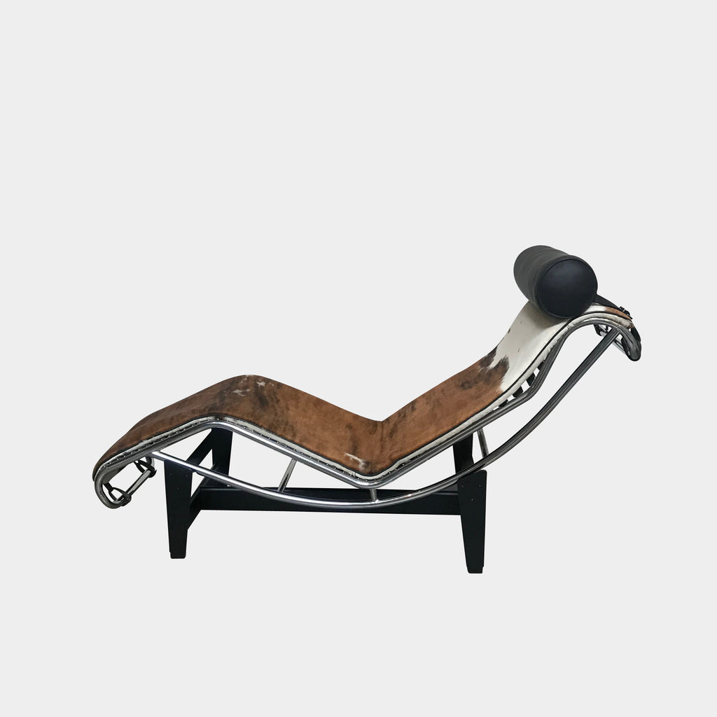 Cassina Cowhide LC4 Chaise Lounge by Le Corbusier | LA | Consignment