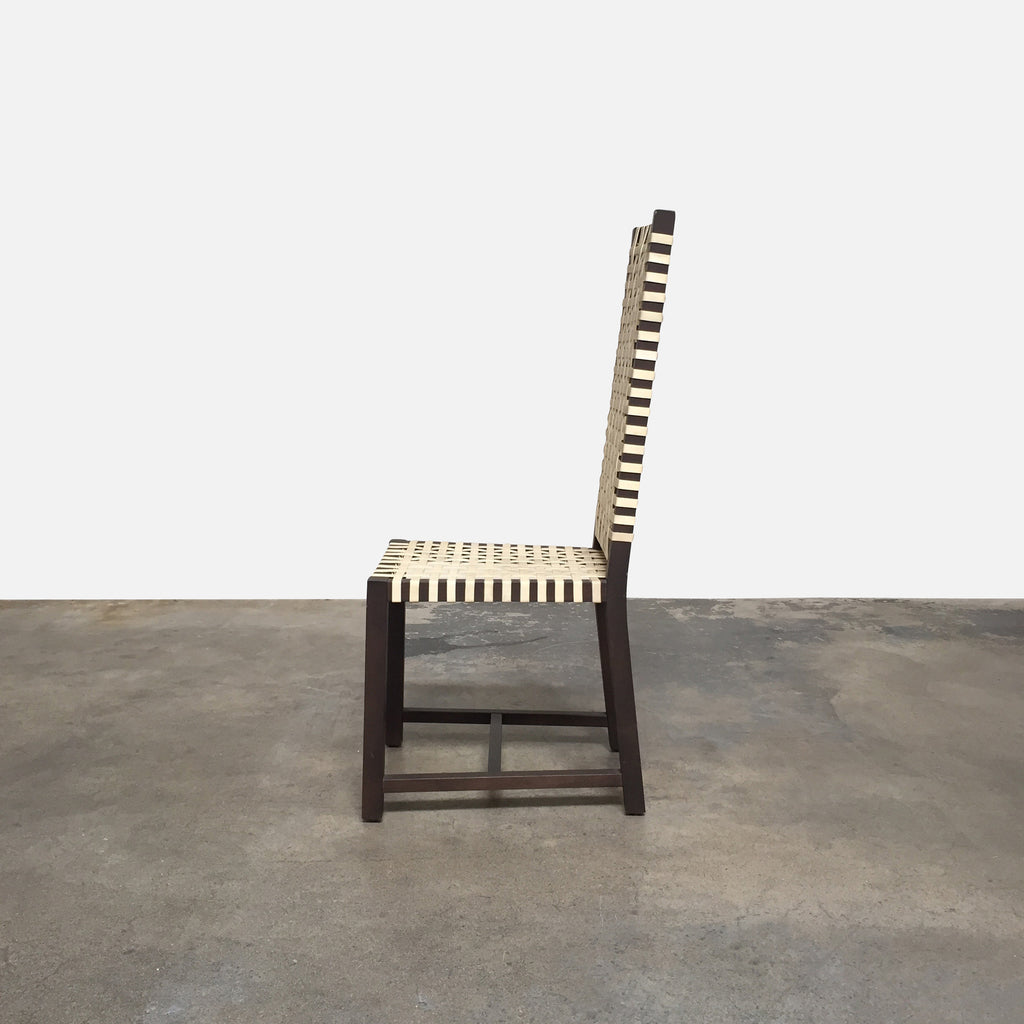 Otto: 121 Chair (2 in Stock)