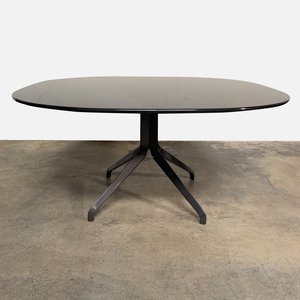 Minotti 'Claydon' Dining Table. Dark Gray Glossy Laquer top. On sale Los Angeles