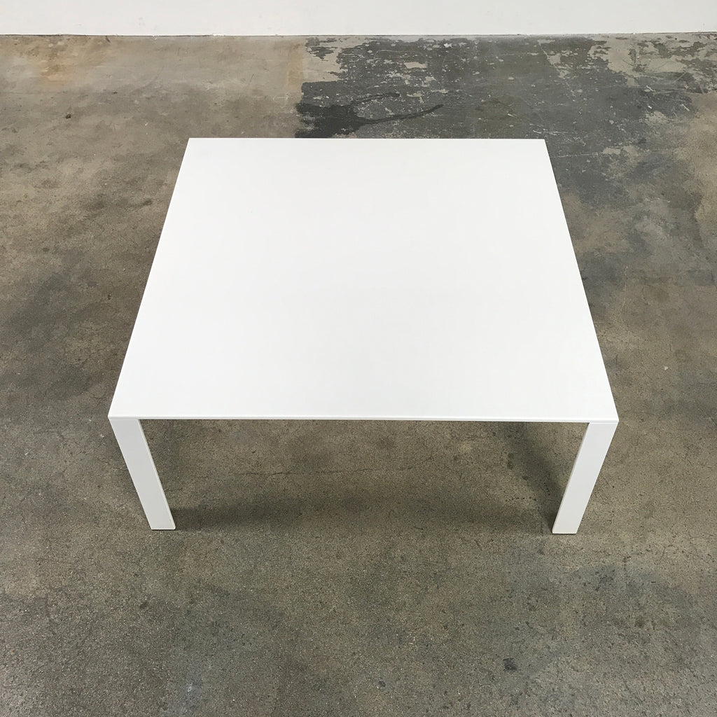 Molteni & Co LessLess Coffee Table White Lacquer by Jean Nouvel