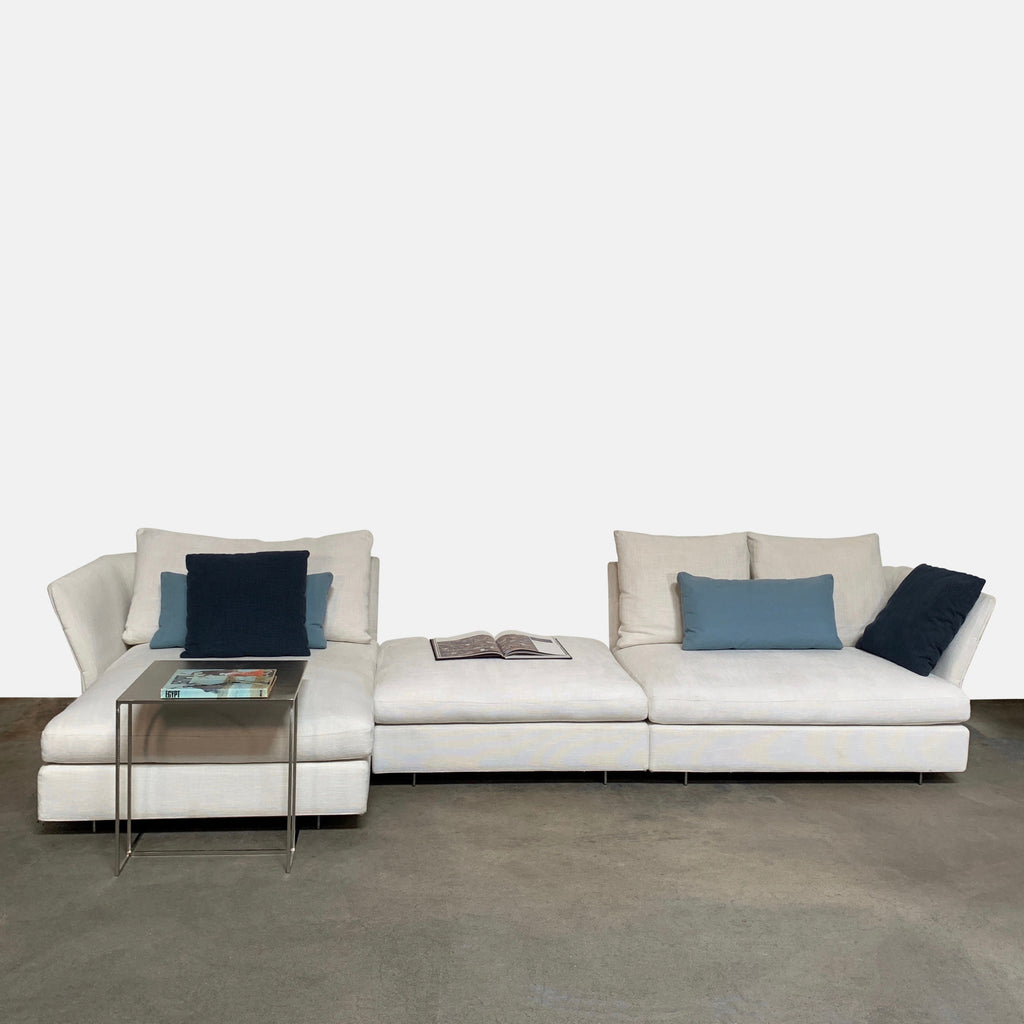 Molteni & Co White Fabric Albert Sectional Sofa by Vincent Van Duysen