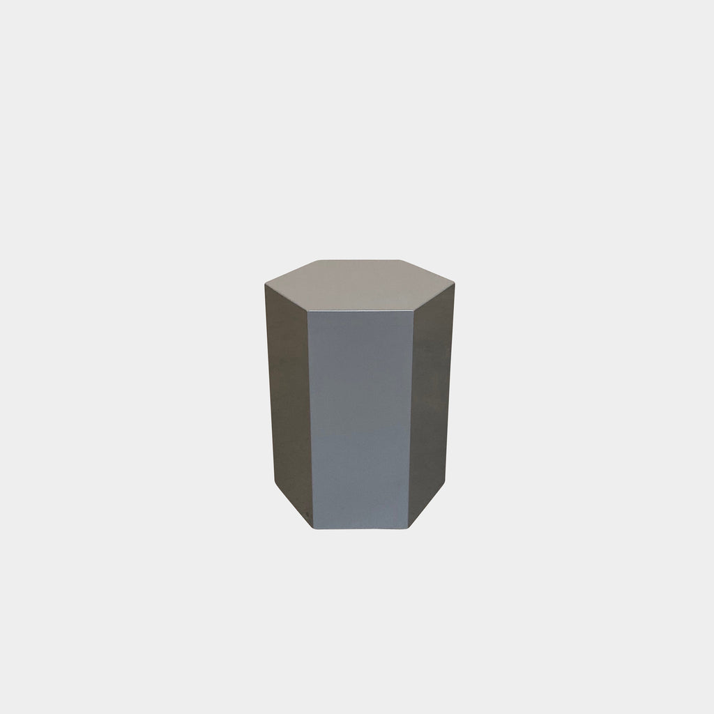 Minotti 'Aeron' Side Table - Glossy Gray Lacquer