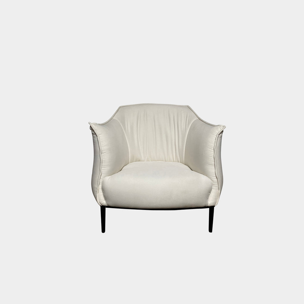 Vesta white armchair with fabric upholstery and black painted metal legs
