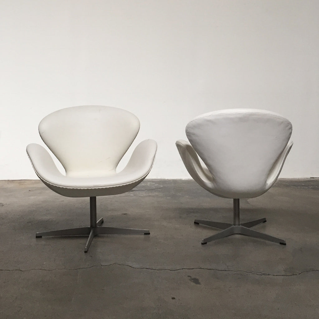 Swan Chair (1 available) Reduced to sell, Swivel Chair - Modern Resale
