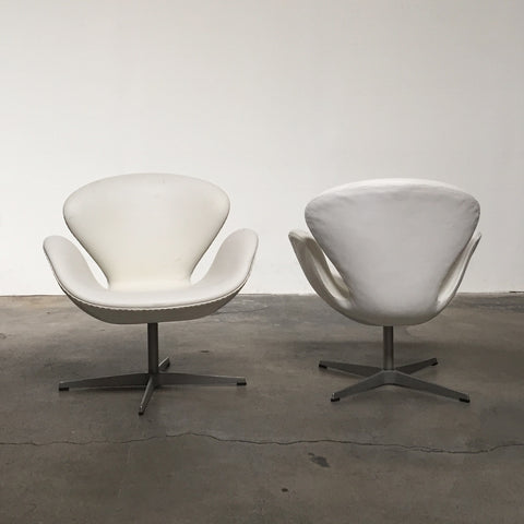 Fritz Hansen White Leather Swan Chair | Los Angeles | Consignment