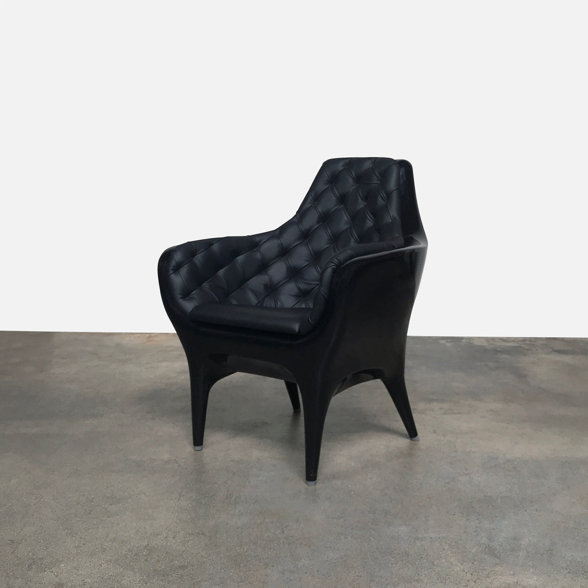 BD Barcelona Black Leather Showtime Armchair by Jaime Hayon