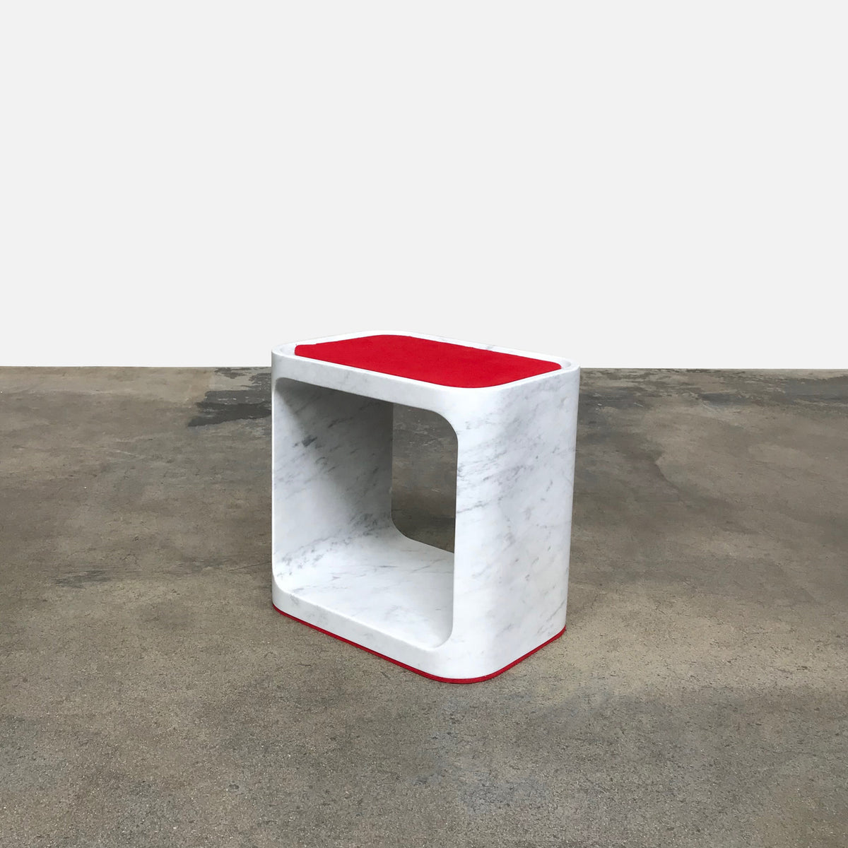 Plato Marble Stool/Side Table