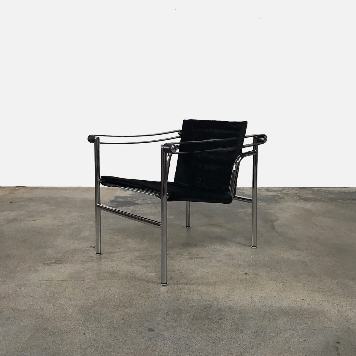 Cassina LC1 Black Cowhide Armchair by Le Corbusier | LA | Consignment