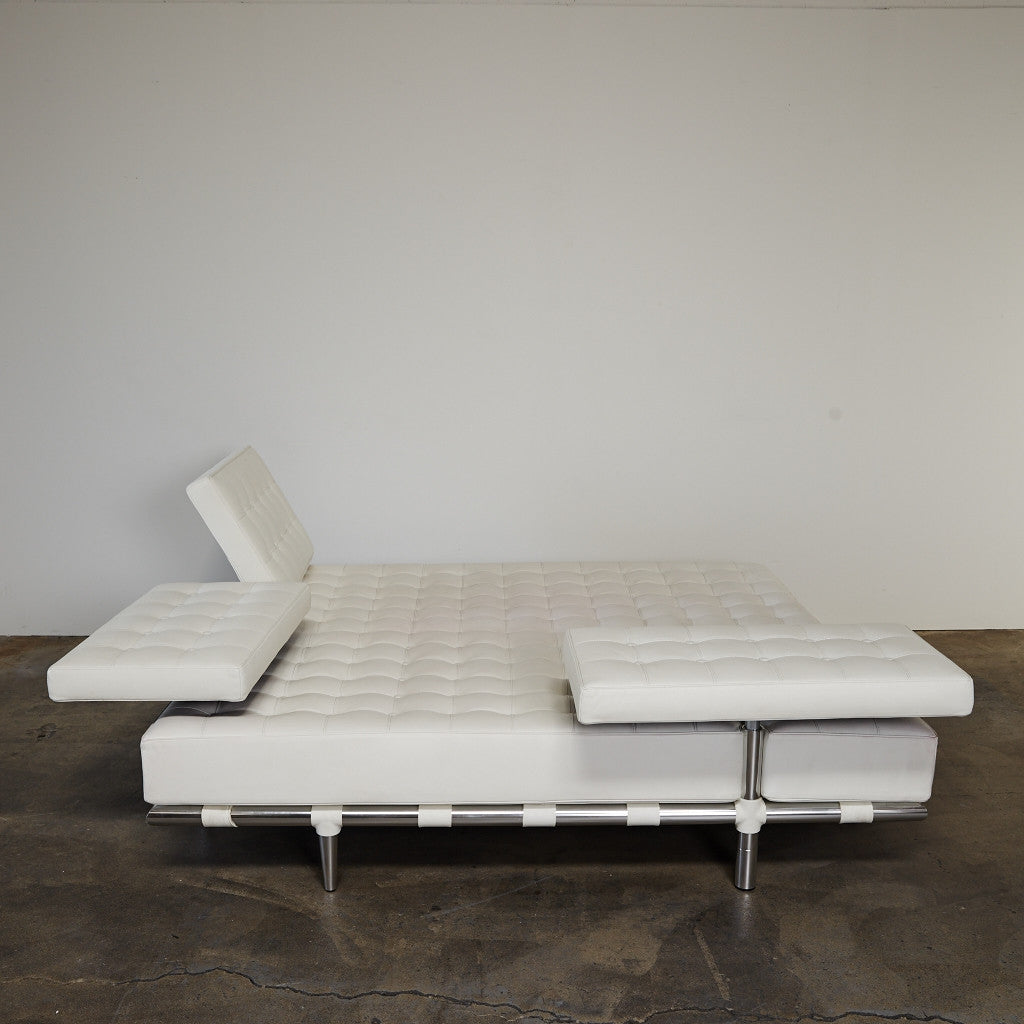 daybed. Cassina \u0027Prive\u0027 White Leather Daybed By Philippe Starck | Los Angeles