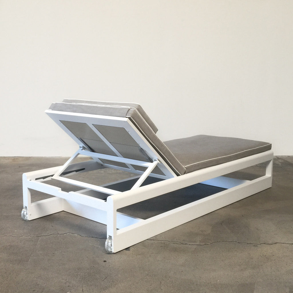 Modern outdoor chaise -  Great Lakes Outdoor Chaise Lounge