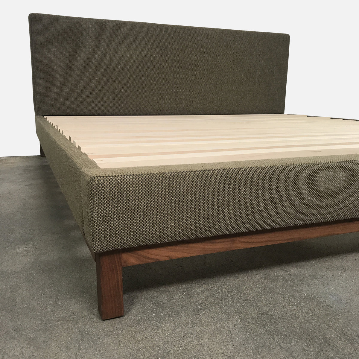 De La Espada King Size Upholstered Bed