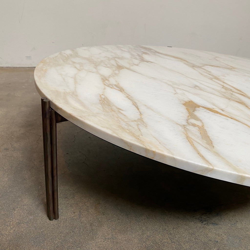 Gallotti and Radice Twelve Marble Coffee or Side Table by Massimo Castagna. Showroom sample and in stock. Save thousands of dollars online or in our designer furniture outlet. Shop upscale furniture consignment from Los Angeles elite homes, showroom closings, overstock & liquidations. Close up.