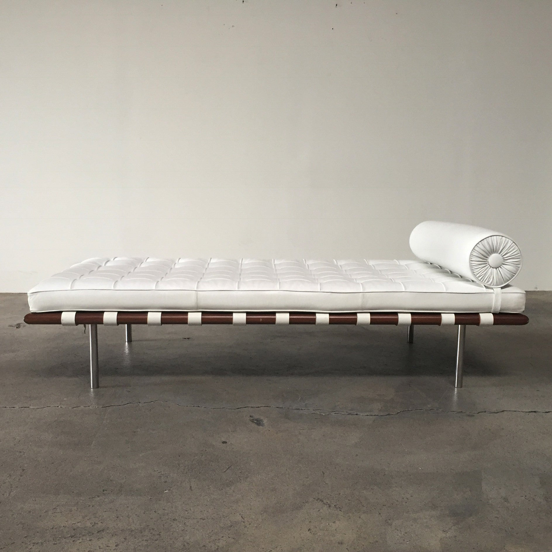 bed day couch barcelona