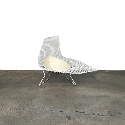 chaise barcelona knoll interesting l mies v d rohe a lounge chair model barcelona by knoll with. Black Bedroom Furniture Sets. Home Design Ideas
