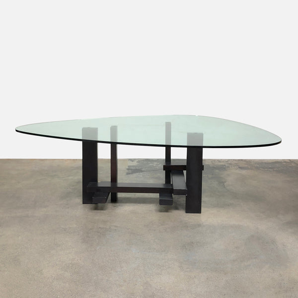 Sculptor Dining Table