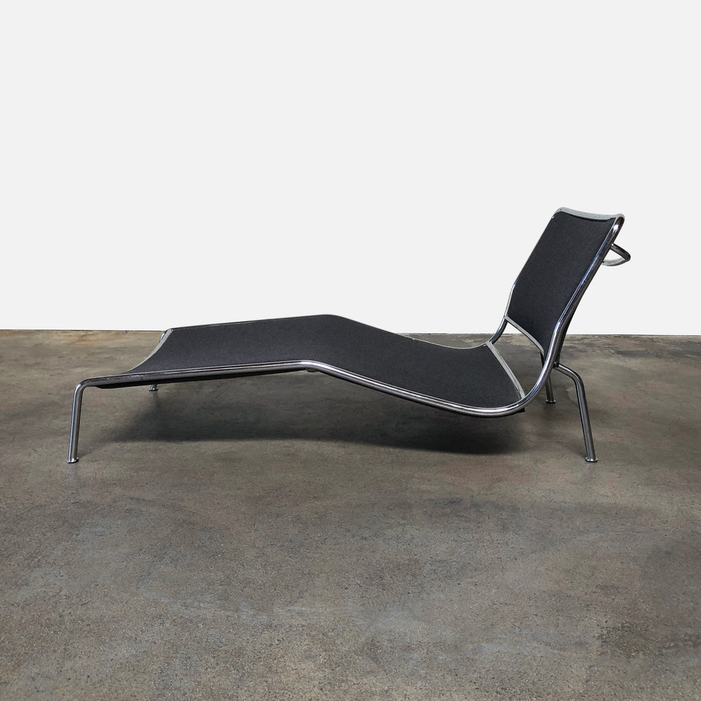 Living Divani Red Gray Felt Frog Chaise Lounge Chair by Piero Lissoni