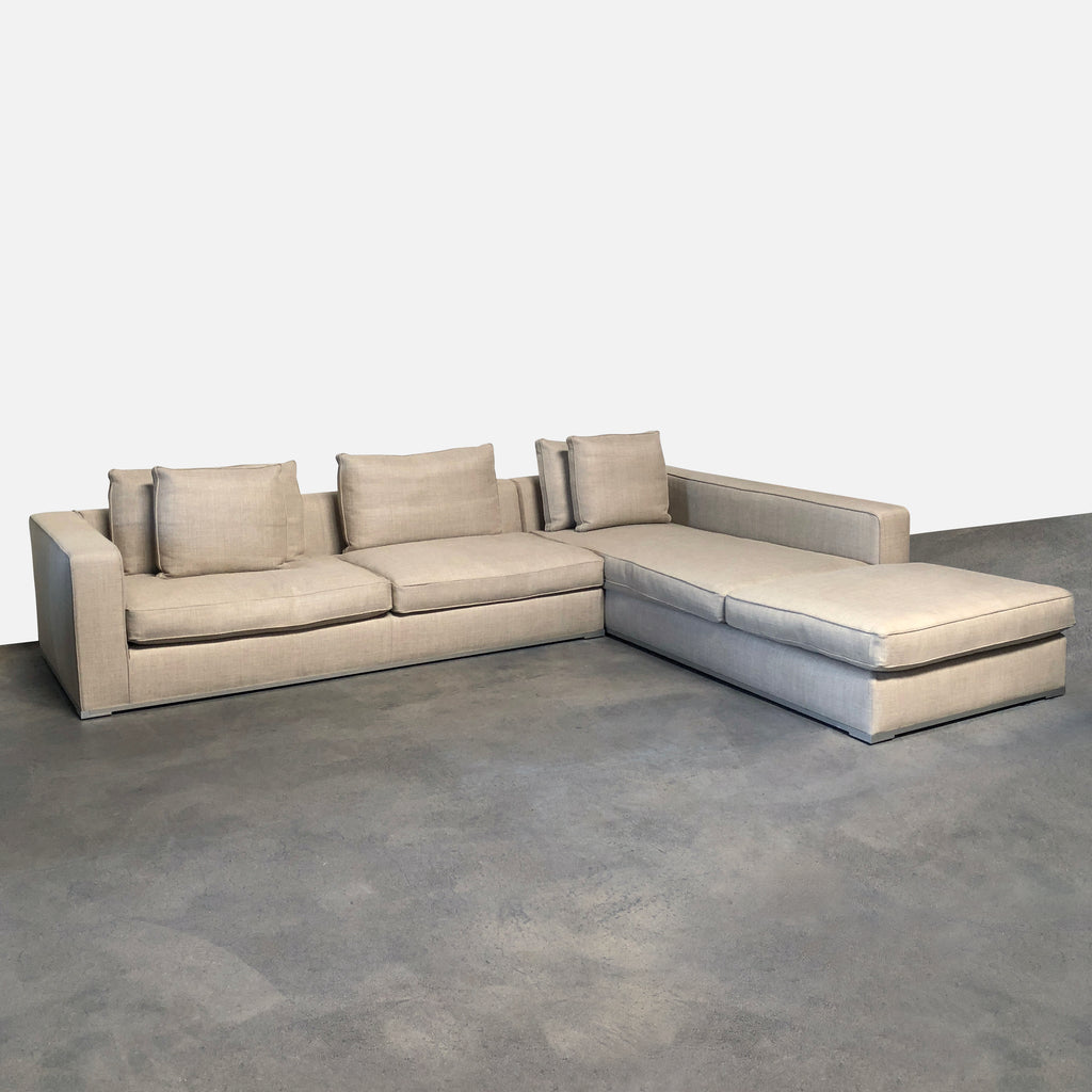 Maxalto Omnia Sectional in Spora 200 fabric | LA | Consignment