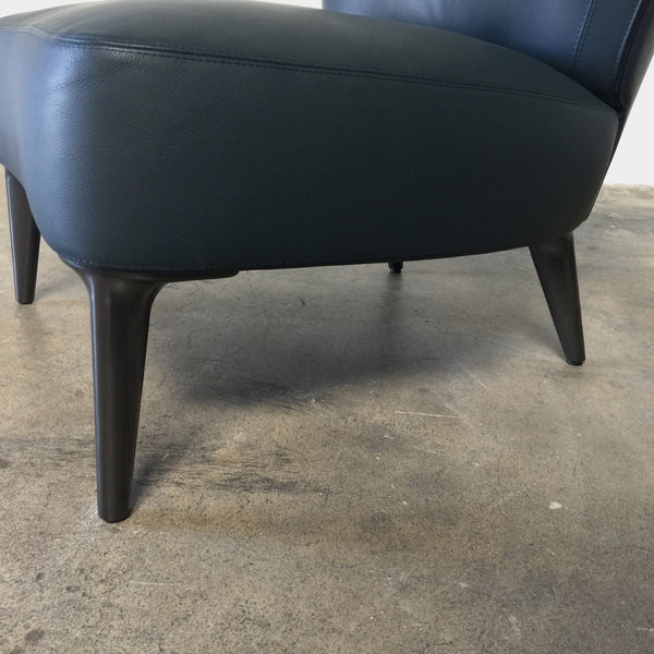 Detail-up-close-Minotti-Dark-Blue-Leather-Aston-Chair