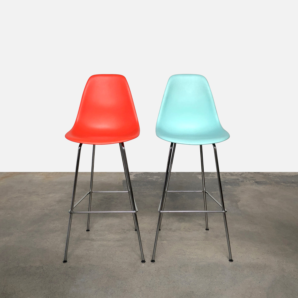 Case Study Shell Bar Stool (2 in stock)