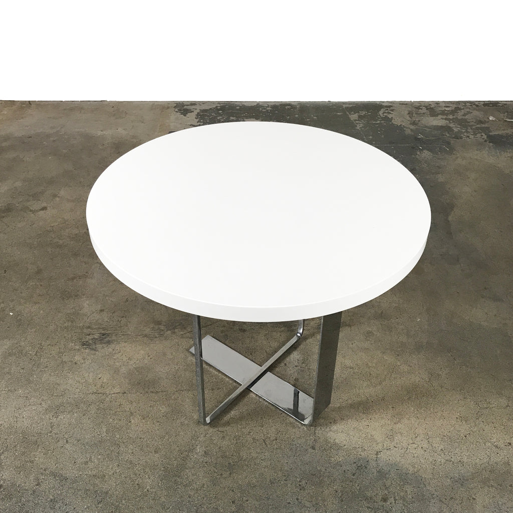 porada place  round white lacquer coffee table by m marconato . porada place  round white lacquer coffee table by m marconato
