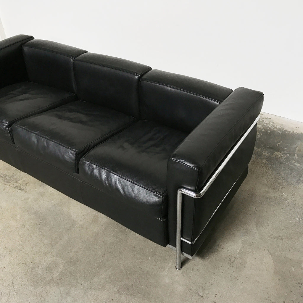 cassina black leather lc2 poltrona sofa le corbusier los angeles