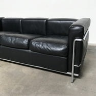 Cassina Black Leather LC2 Poltrona Sofa Le Corbusier | Los Angeles