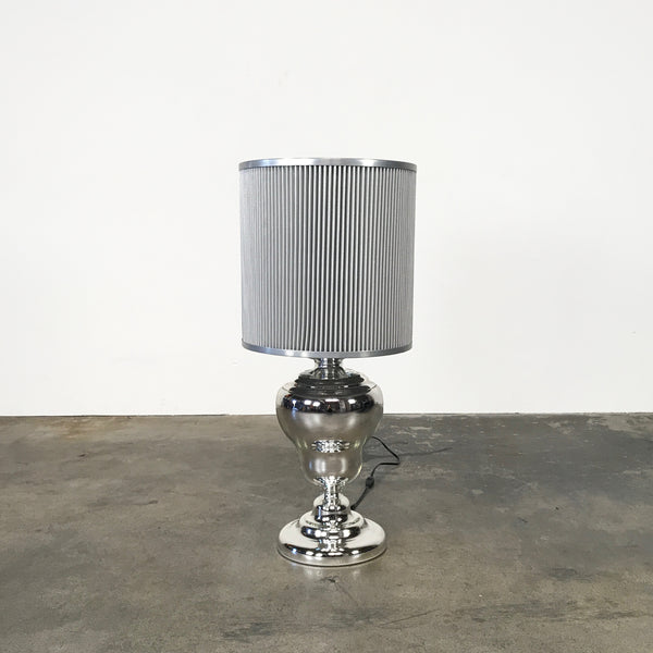 Moooi Kaipo Table Lamp by Edward Van Vilet | LA | Consignment
