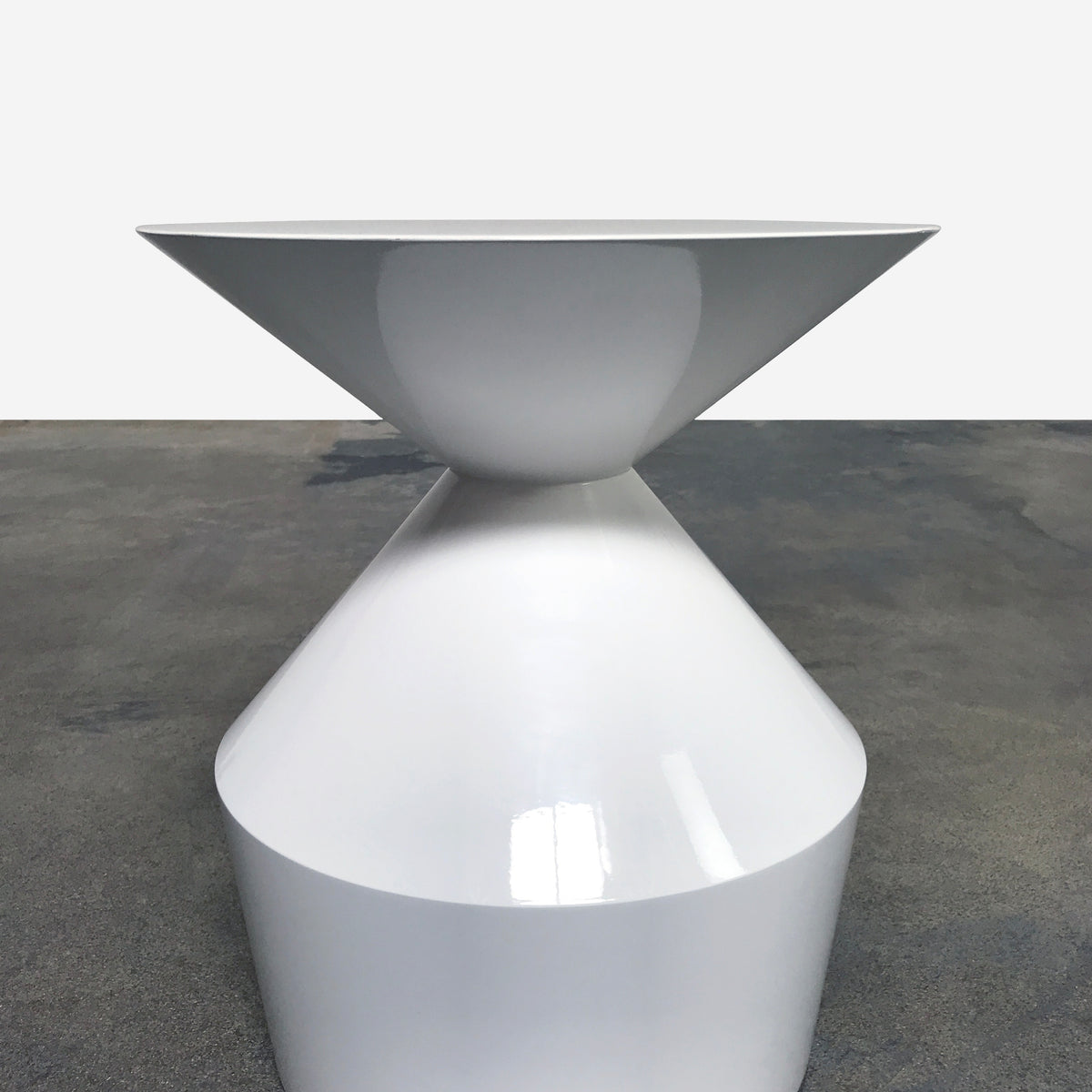 Viccarbe Shape White Gloss Side Table by Piero Lissoni