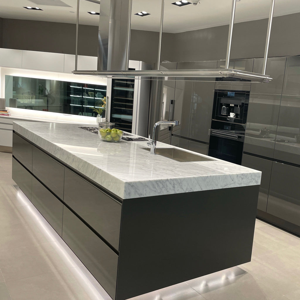 Convivium Kitchen, kitchen - Modern Resale