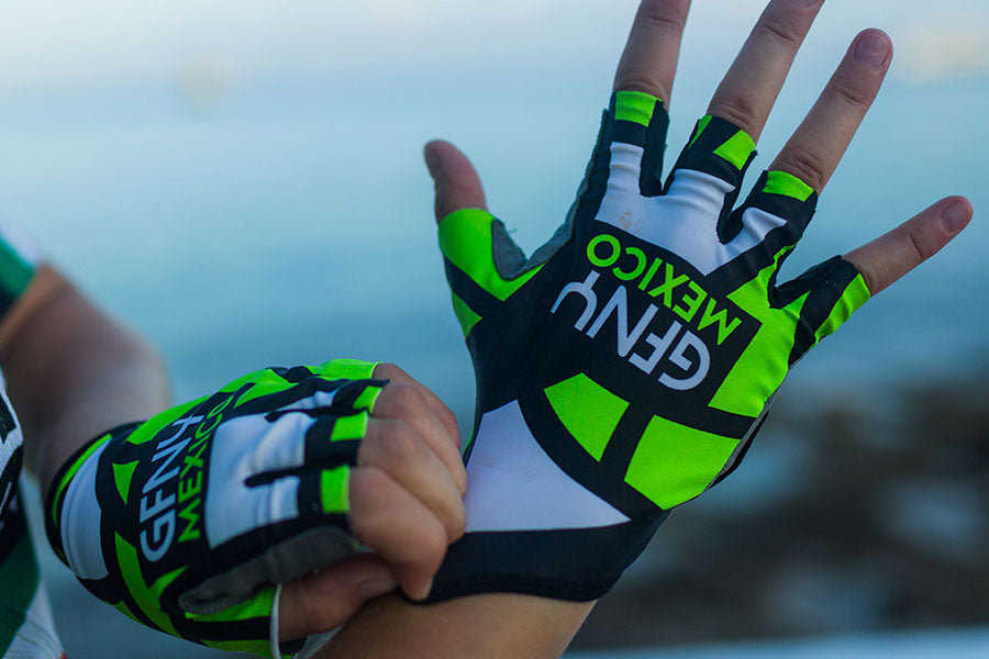 2017 Cozumel Aero Race Gloves