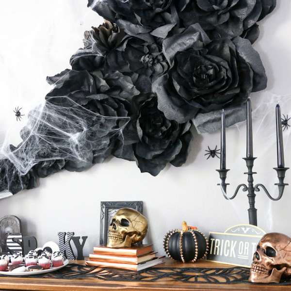 The Idea of 6 Halloween Decorations Will Blow Scary Winds at Home