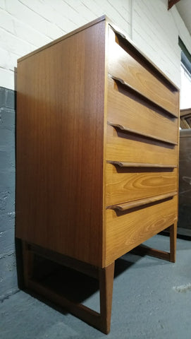 Danish-Style 5 Drawer Chest Of Drawers With Great Handles And Sleigh Legs