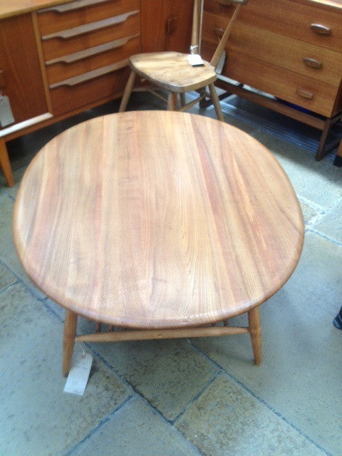 Gorgeous Ercol Oval Coffee Table