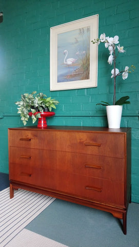 Beautiful Mid-Century Chest Of Drawers In Teak