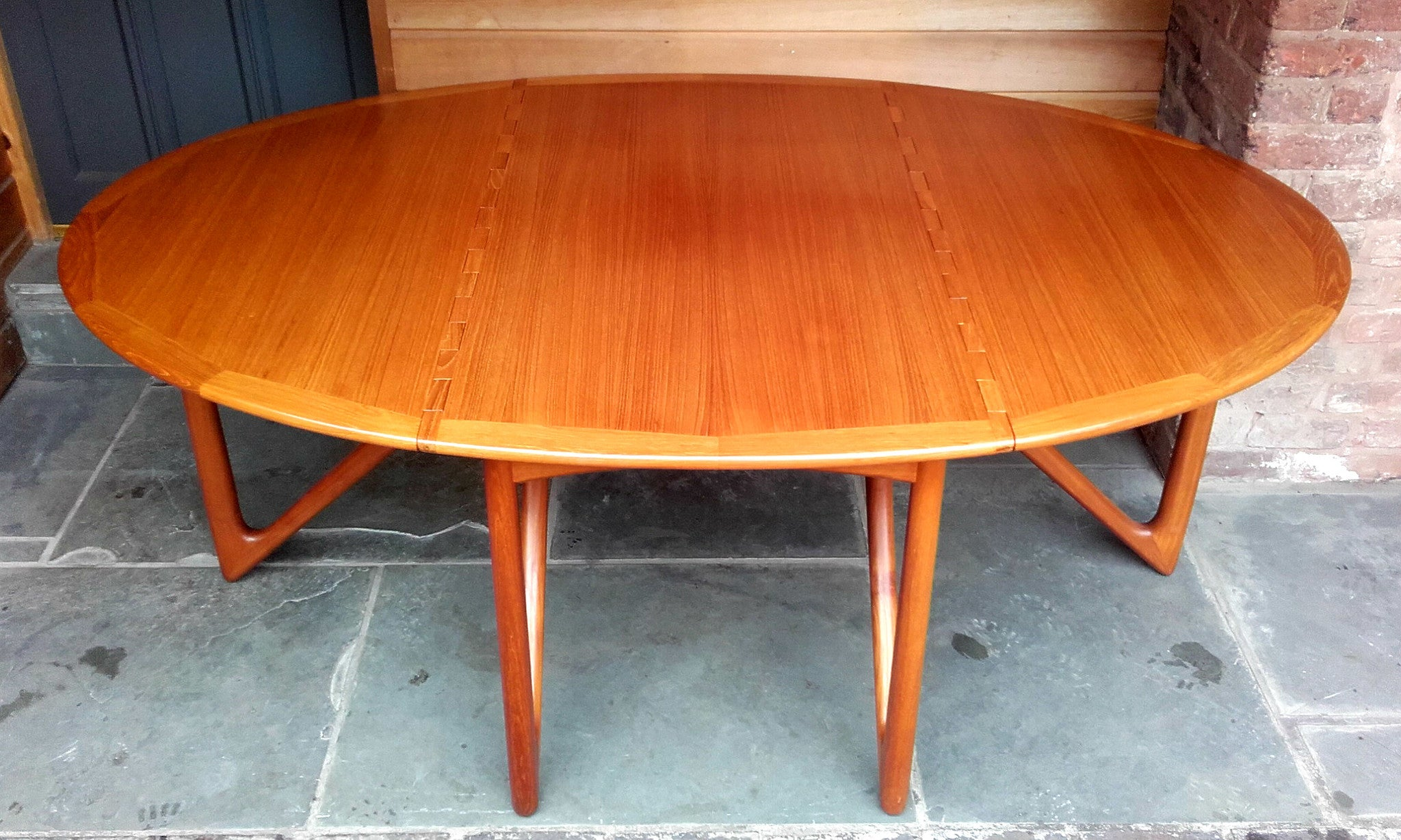 Beautiful Niels Koefoed Drop Leaf Dining Table Model 304 With