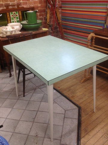 1950s Redwing Formica-Topped Kitchen Table with Fantastic Stiletto Legs