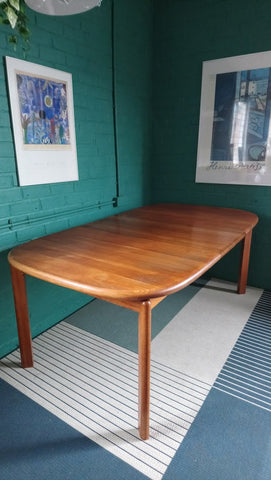 Solid Teak Extending Dining Table By Johannes Andersen For Skovmand & Andersen Of Denmark