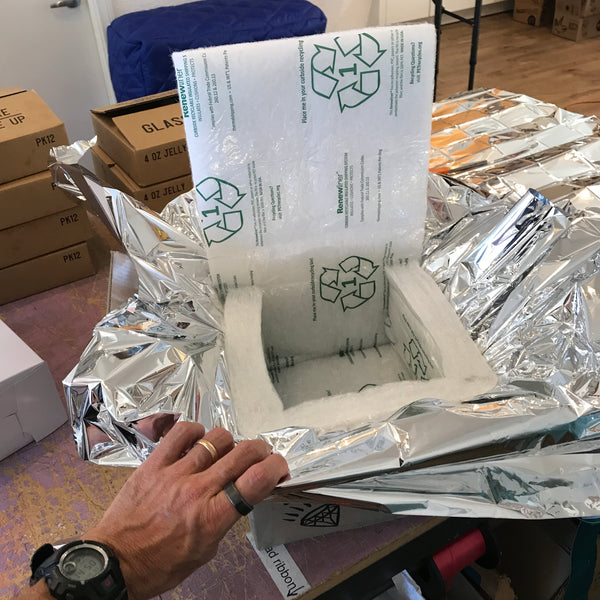 Mylar lined box for shipping perishable goods