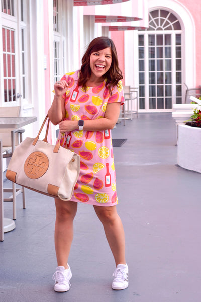 Girl Meets Bow Blogger wearing Borough Shift Dress