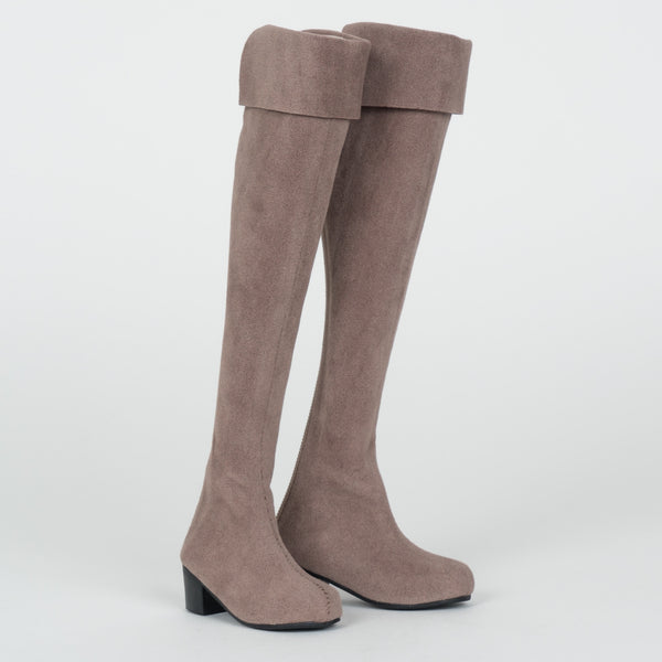 Long Boots (Brown)