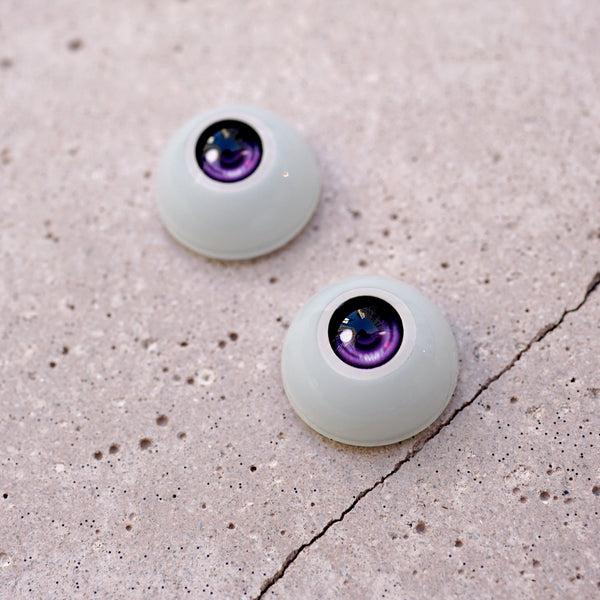 Semi-real Eyes (Purple)