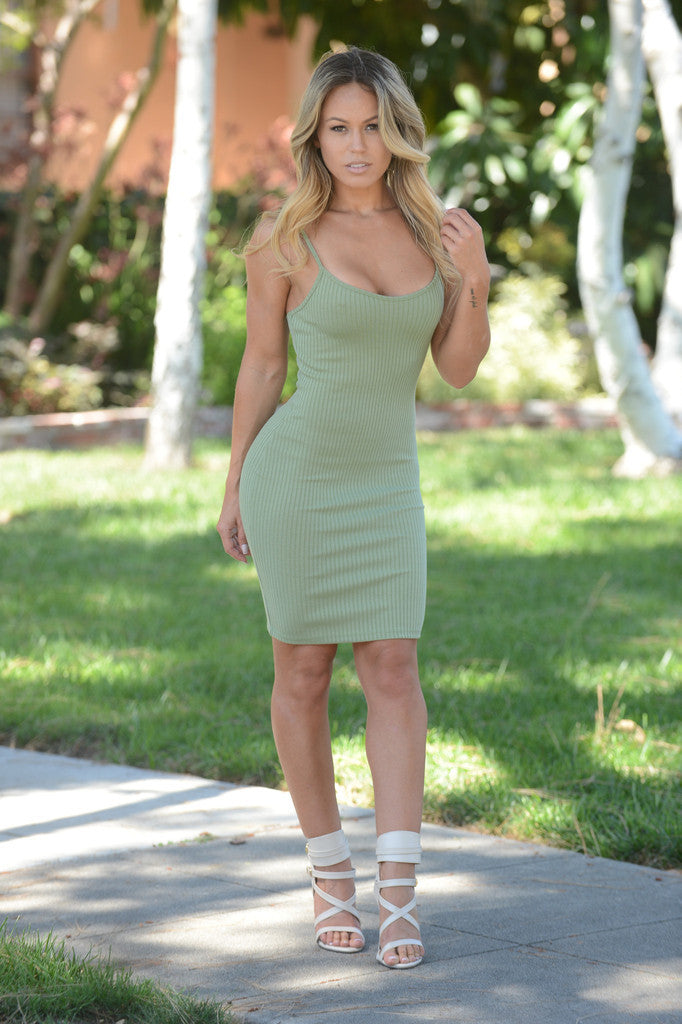 Simplicity Classic Olive Dress