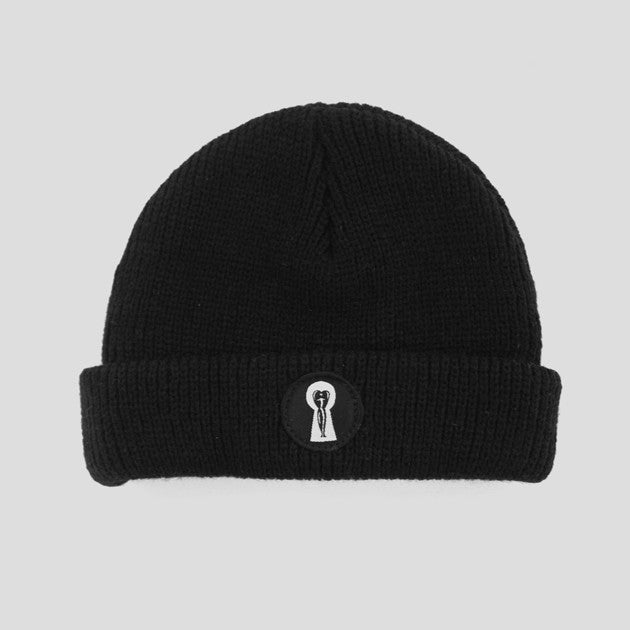 Passport Keyhole Beanie - Black