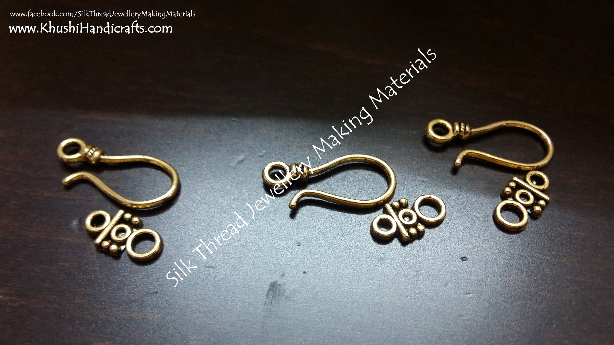 Hook and Eye Clasps in Gold