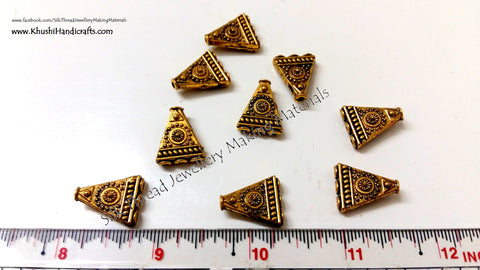Antique Gold Triangular 1 to 3 Connector / Connectors charms.Sold per pair! -CO5