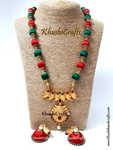 Silk Thread Jewelry in Green and Red complimented with a Designer Pendant!